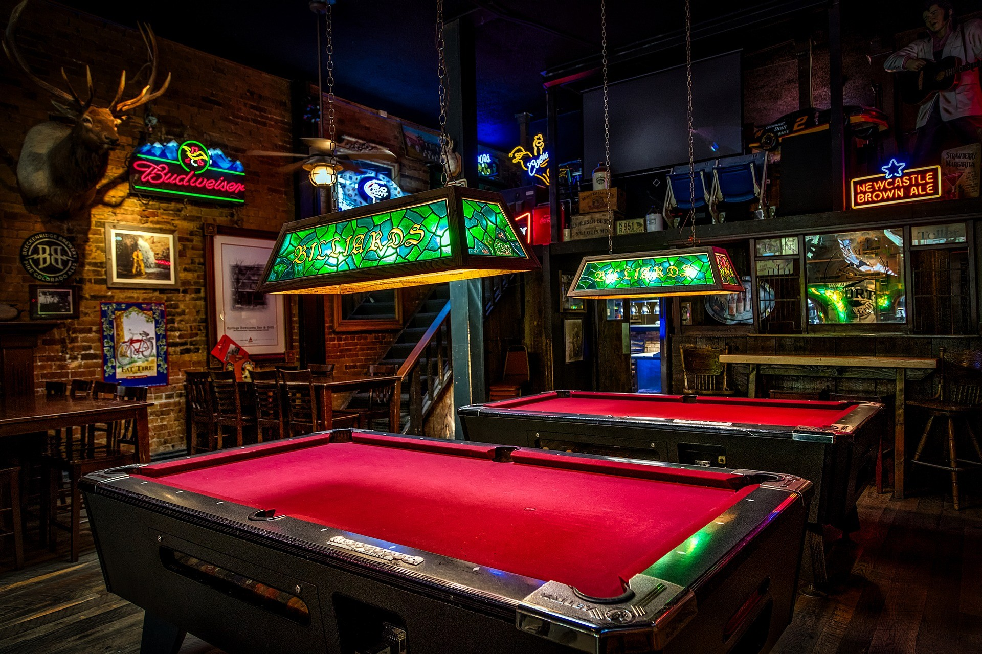 Best Pool Tables On The Market Ultimate Guide - How much room do you need for a pool table